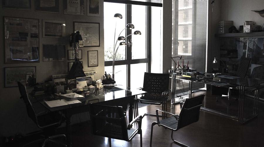 Renato Guidi ha ideato una linea di mobili per ufficio