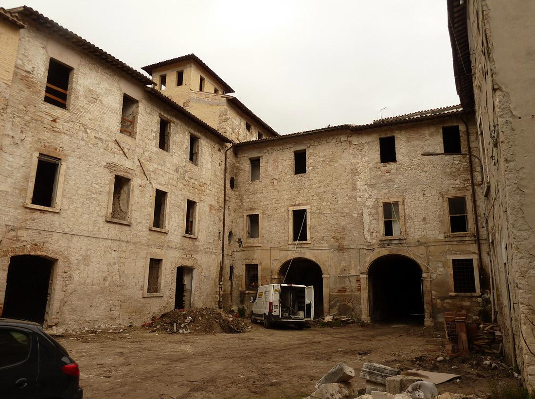 Palazzo Sgariglia è stato abbandonato per anni