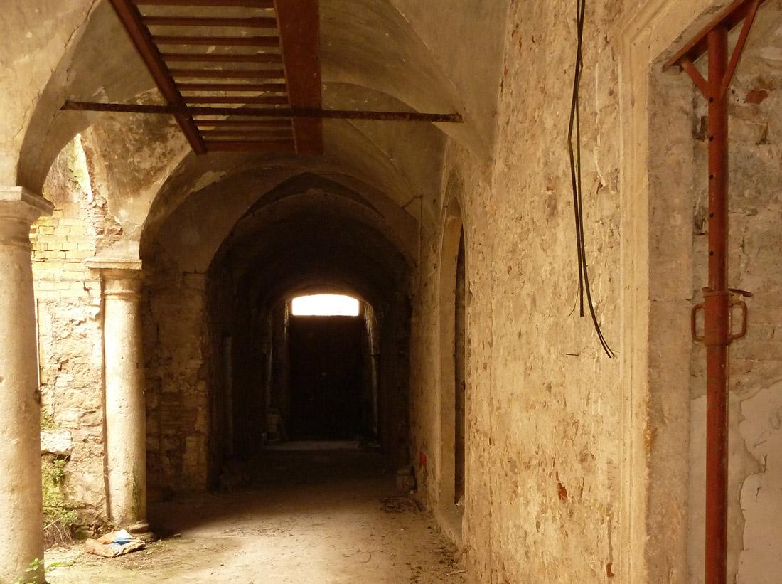Palazzo Sgariglia versava in condizioni di abbandono