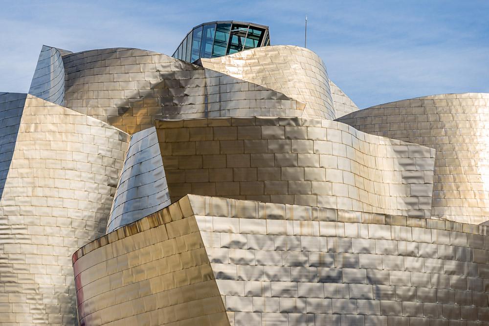 Guggenheim Museum in titanio