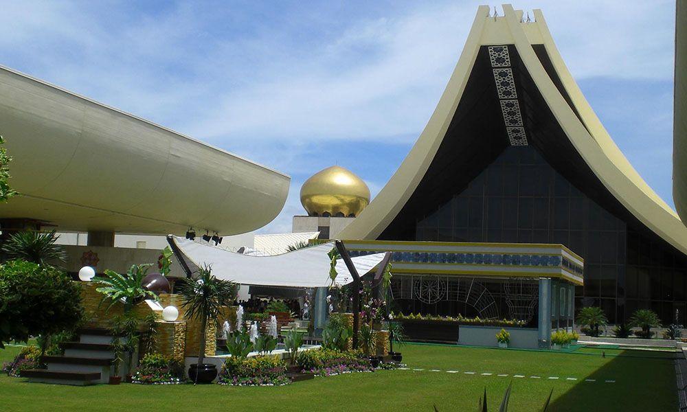 Istana Nurul Iman Palace nel Brunei