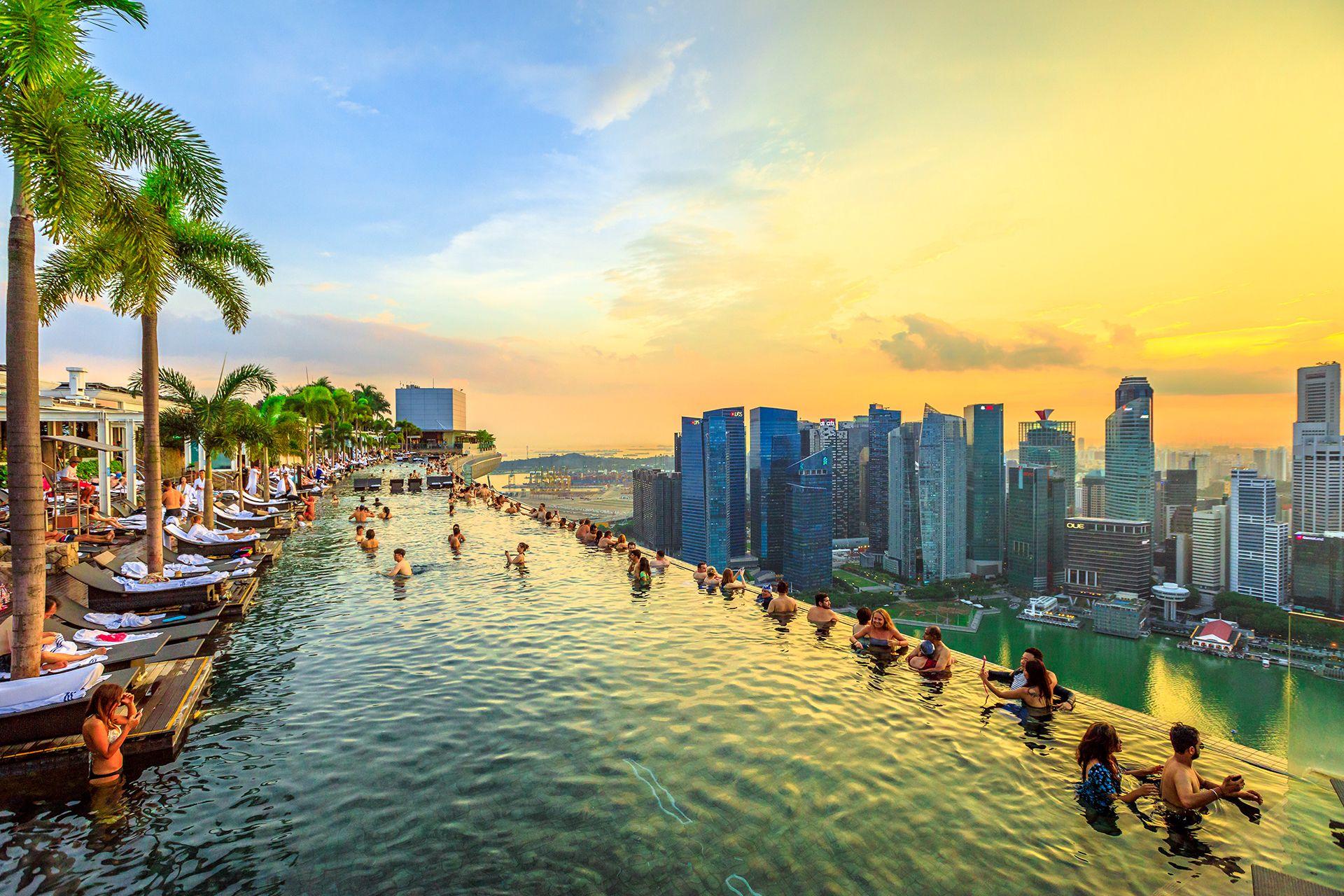 La piscina più alta del mondo a Singapore