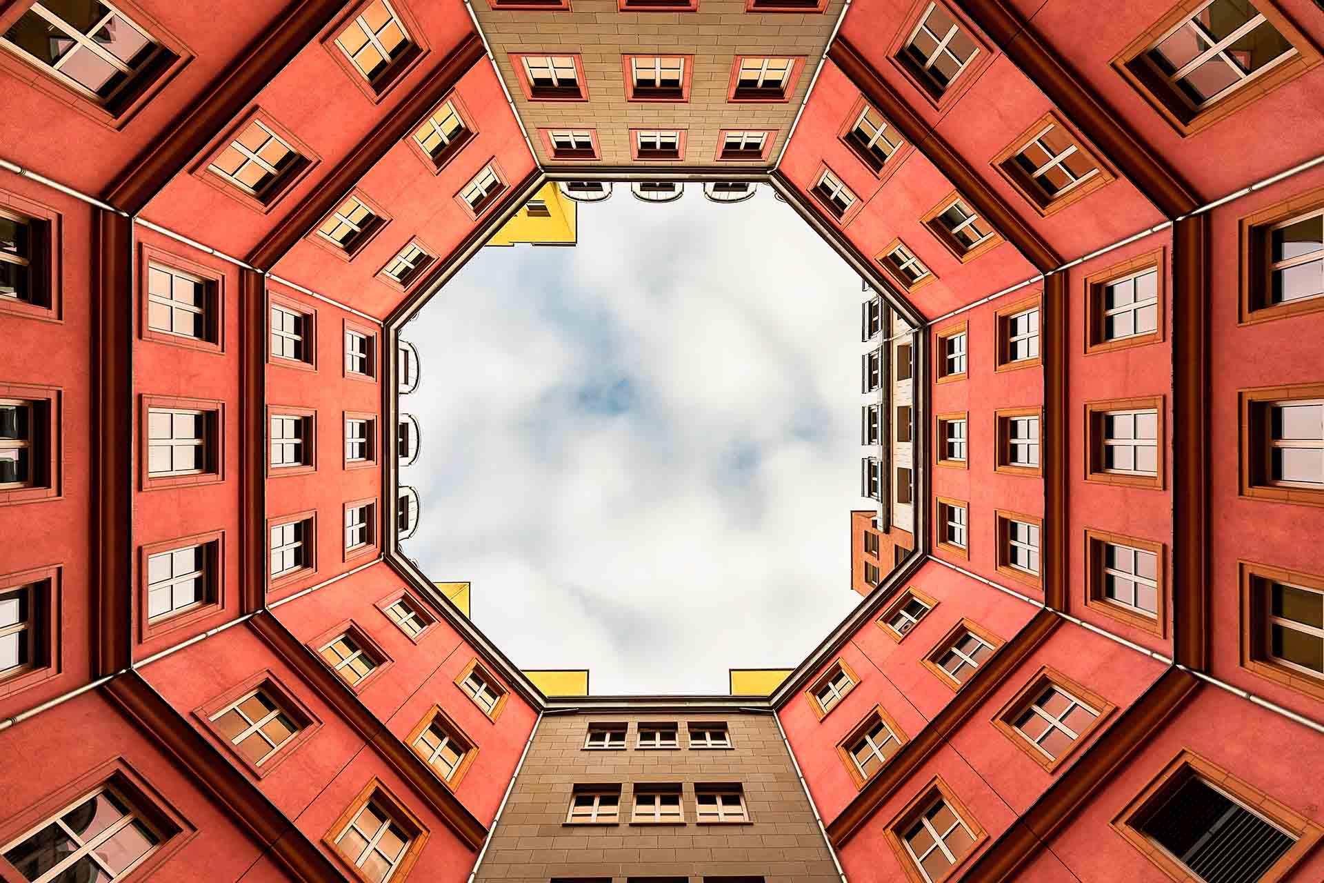Aldo Rossi ha disegnato gli edifici del quartiere Schutzenstrasse a berlino